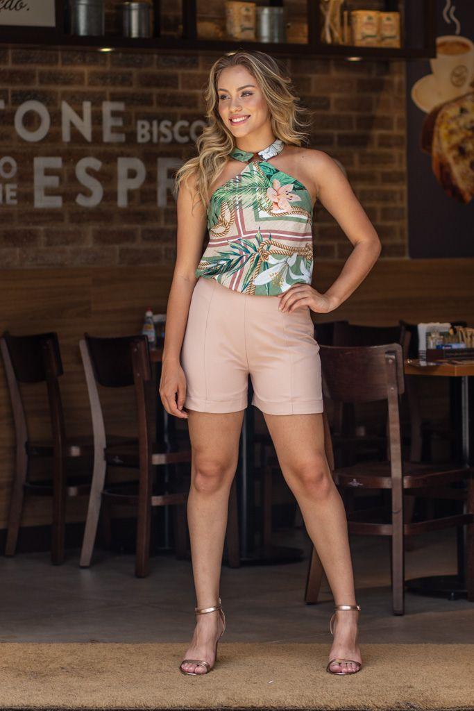 Shorts Basico Alfaiataria em Crepe Kesses