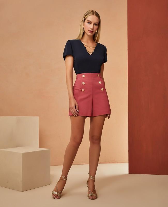 Shorts Cintura Alta com Botoes Frontais Unique Chic