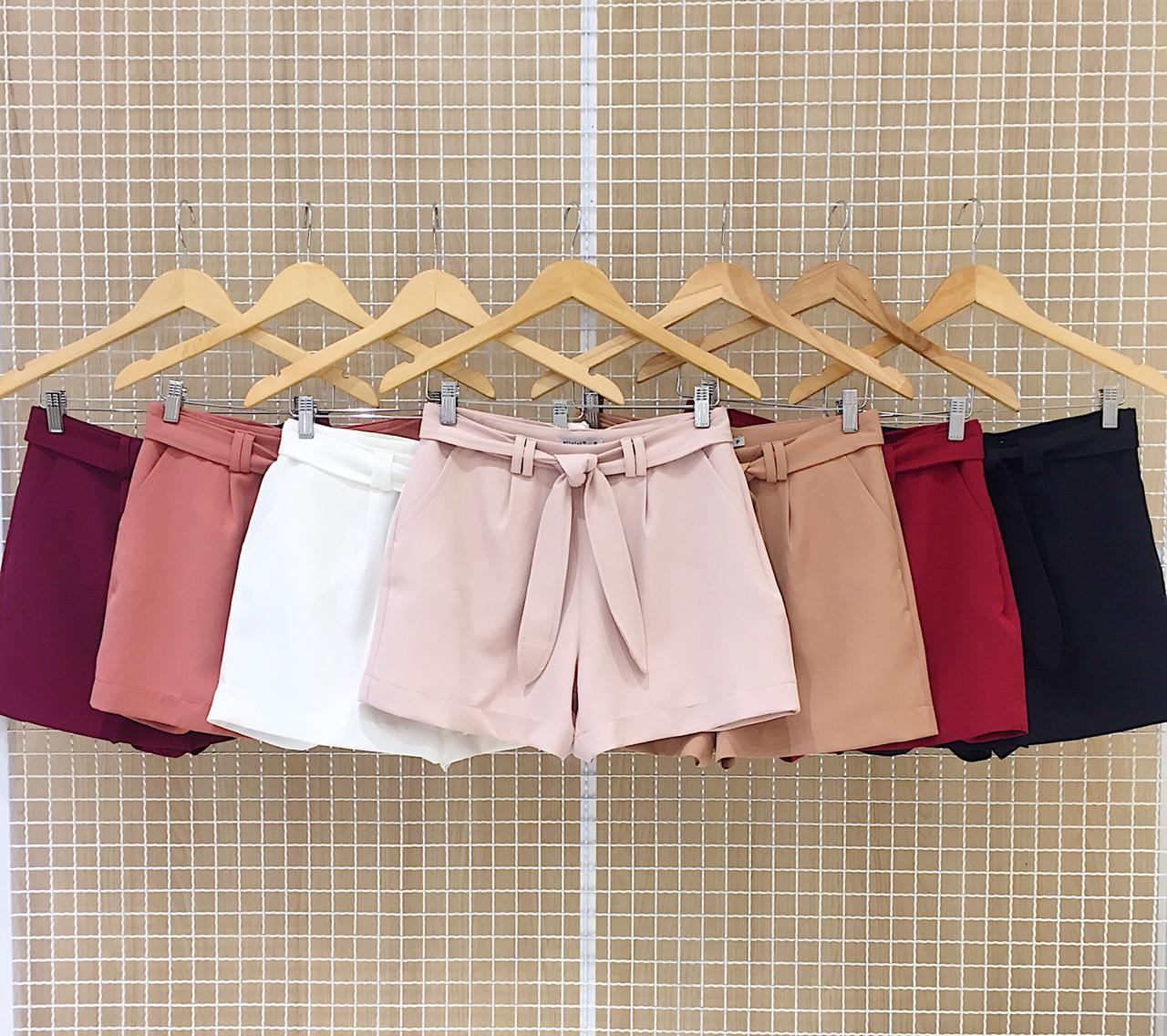 Shorts Milalai Em Crepe com Amarracao na Cintura