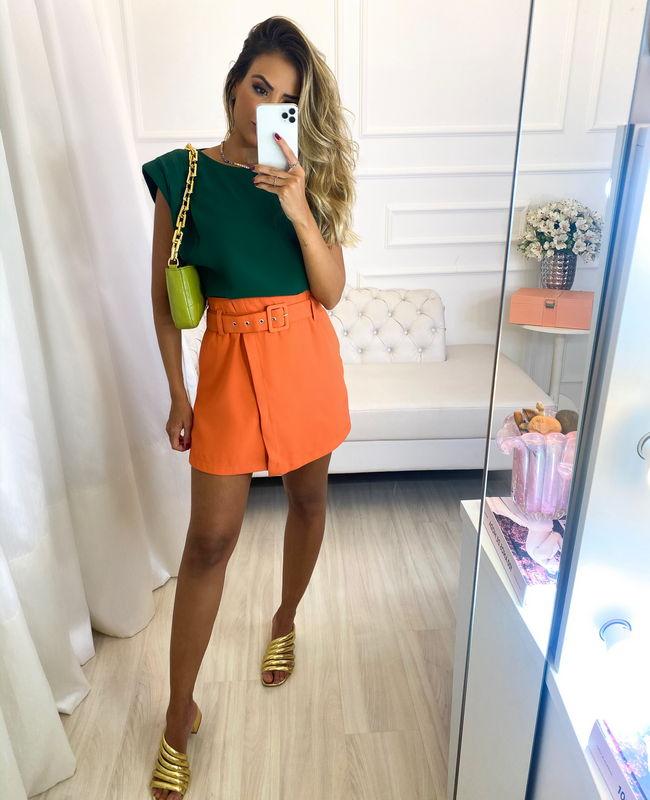 Shorts Saia em Crepe com Cinto Forrado Unique Chic