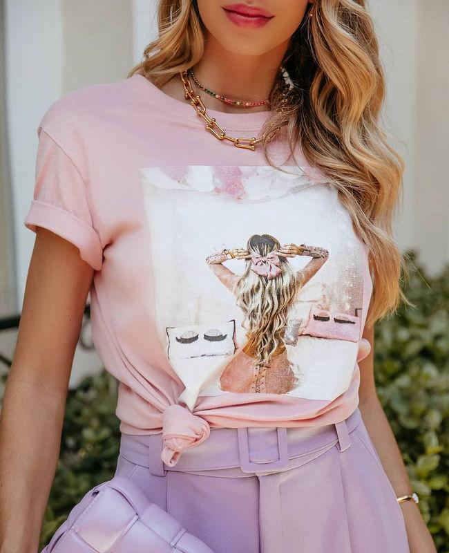 T shirt em Algodao com Estampa Menina com Laco Doce Flor