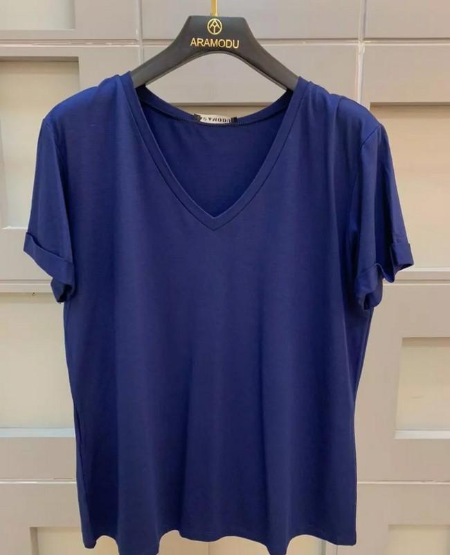 Tshirt Basica em Malha de Viscose Aramodu