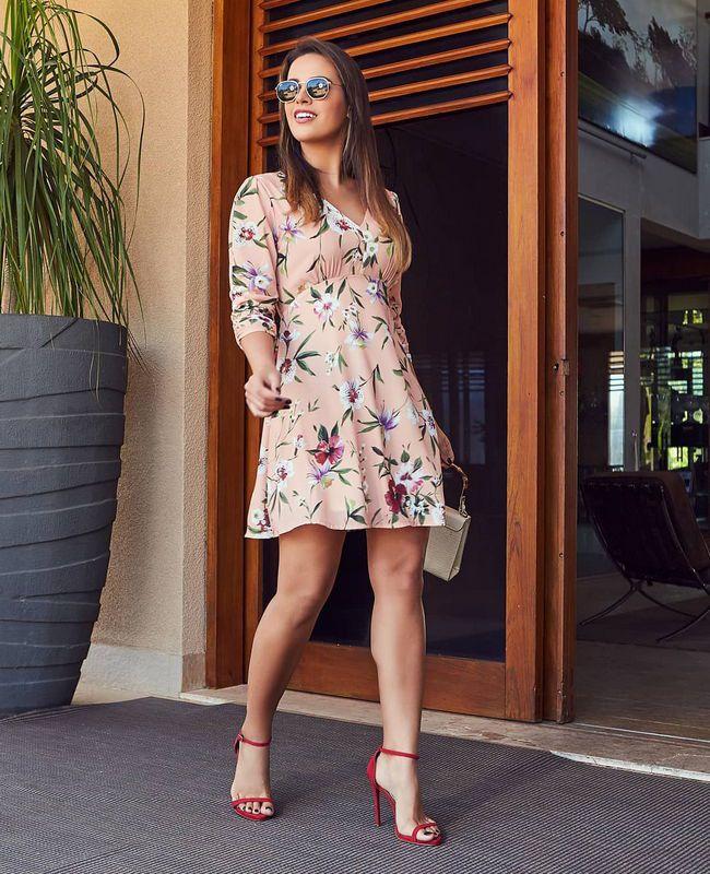 Vestido Doce Flor Em crepe Modelo Evase Com Manga Franzida