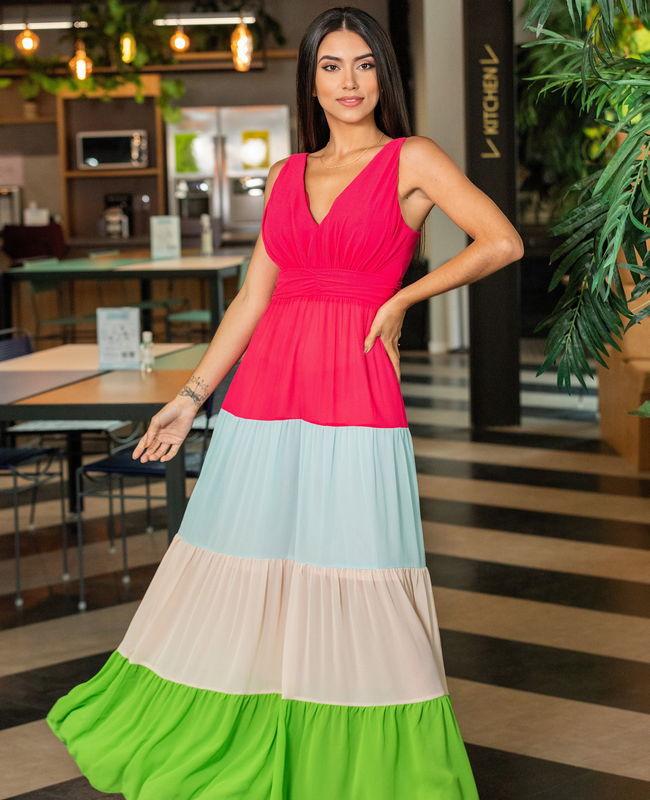 Vestido em Crepe Aramodu com Saia Tricolor
