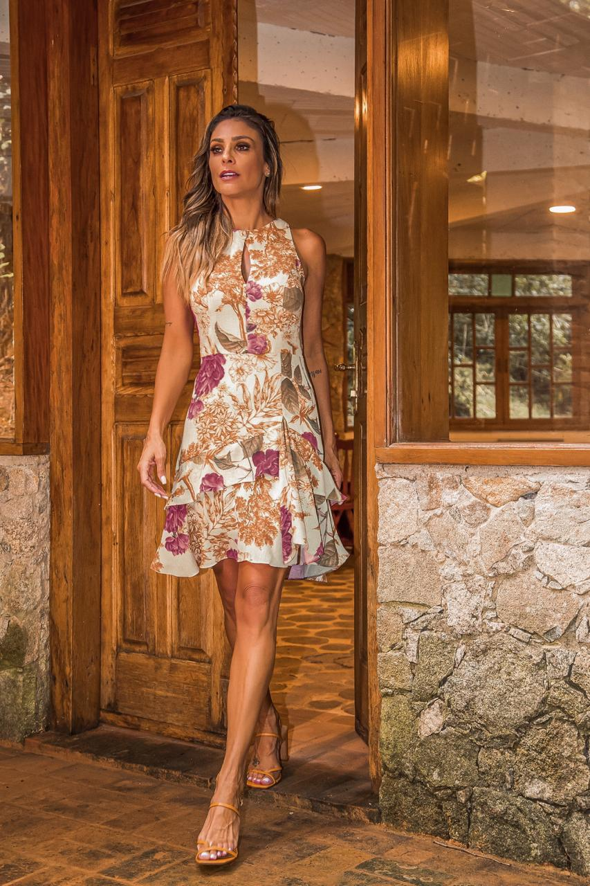 Vestido Floral em Crepe com Babados na Saia Donna Ritz