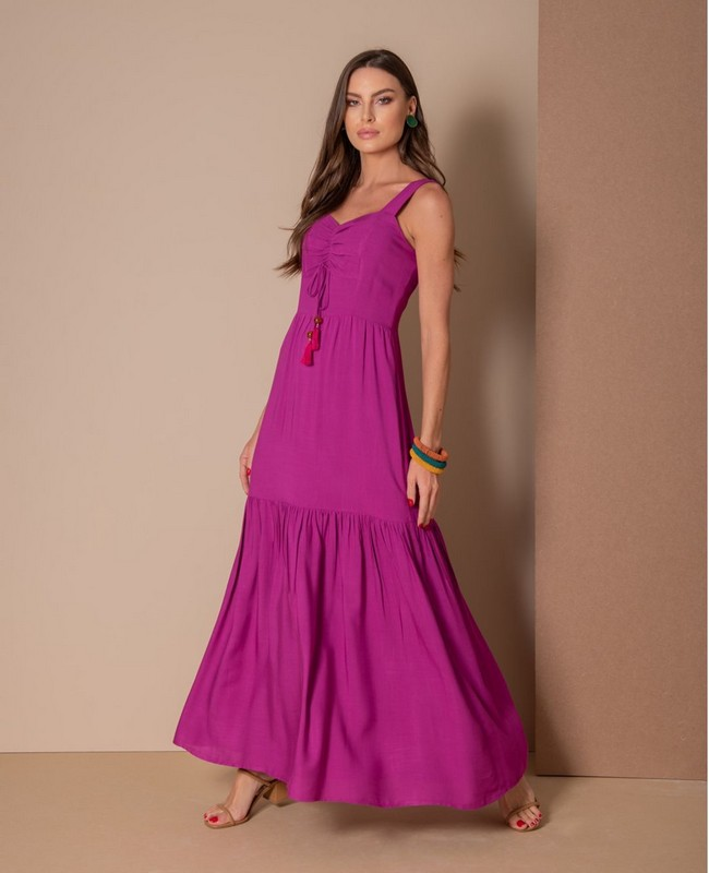 Vestido Longo em Viscose com Decote Princesa Aramodu