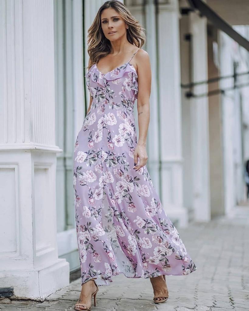 Vestido Longo Floral Doce Flor com Babados e Botoes de Perolas
