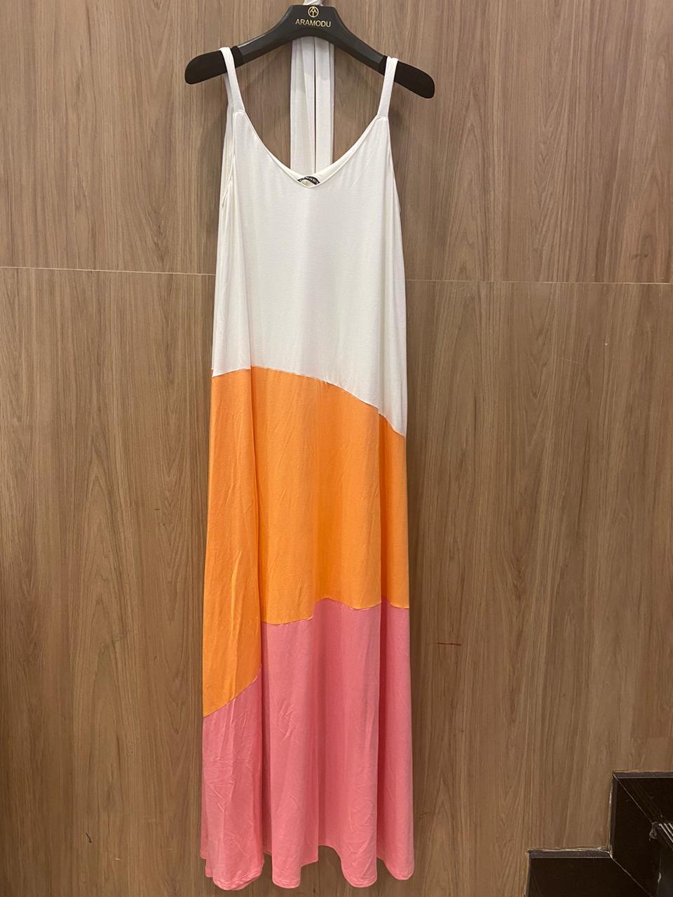Vestido Longo Tricolor em Malha com Gola V Aramodu