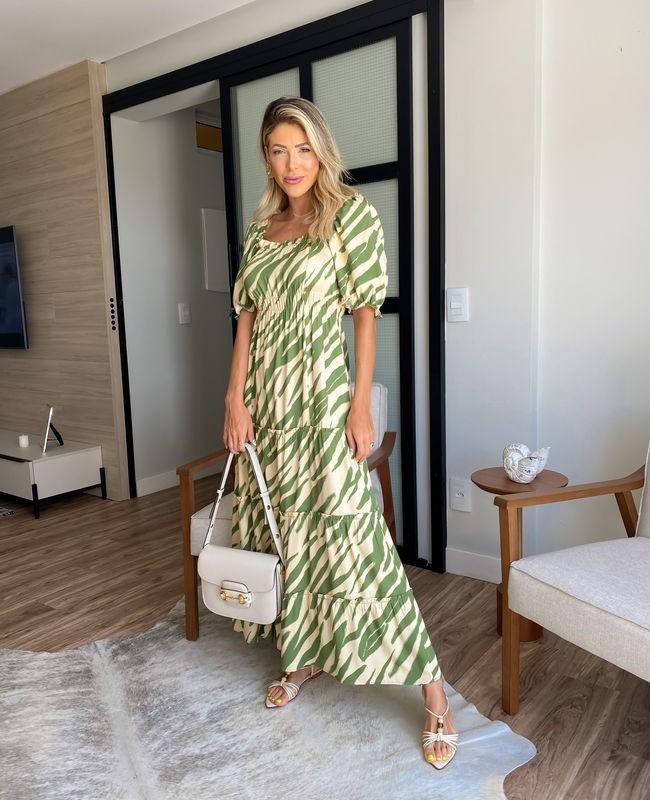 Vestido Midi em Viscose com Decote Quadrado e Estampa Animal Print