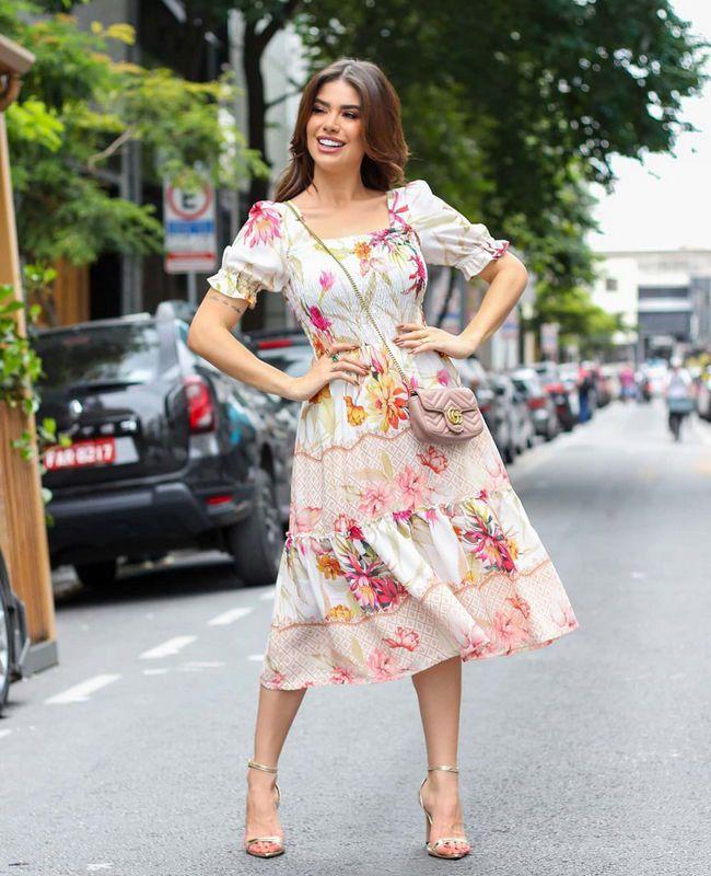 Vestido Midi Floral em Crepe Com Barrado Doce Flor