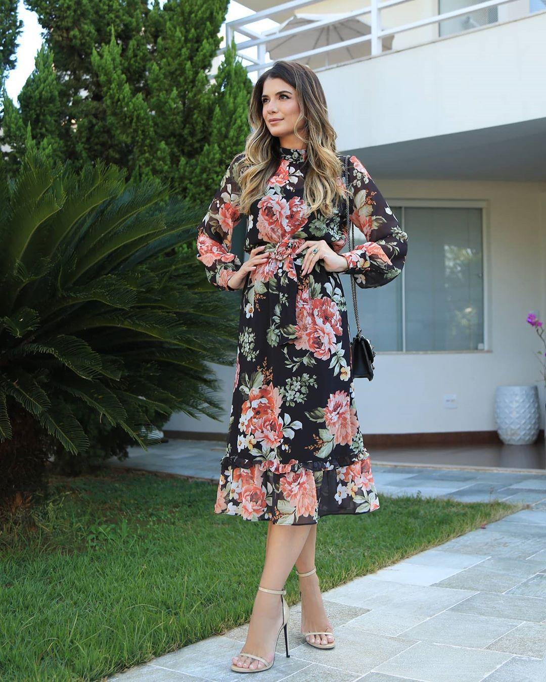 Vestido Midi Floral em Crepe com Cinto Doce Flor