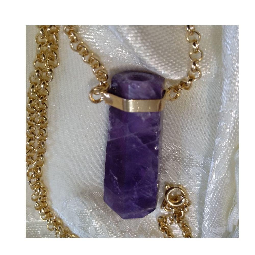 Colar Ametista com dourado (Perfumeira para Aromaterapia ou  Difusor Pessoal)