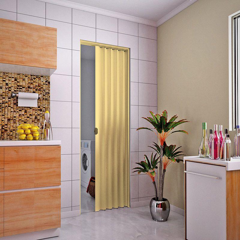 Porta sanfonada em PVC na cor natural 0,80x2,10M