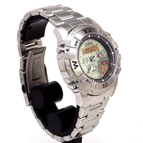 AMW-704D 7AV Relógio Casio Hunting Gear Caça Termômetro  - E-Presentes