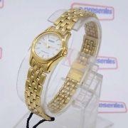 Relógio Feminino Orient Mini Dourado FUB4W005G0 Quartz Retrô 22mm de largura