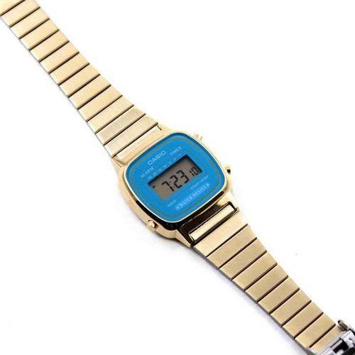 LA670WGA-2DF Relogio Feminino Casio Vintage Mini Dourado Fundo Azul Retro  - E-Presentes