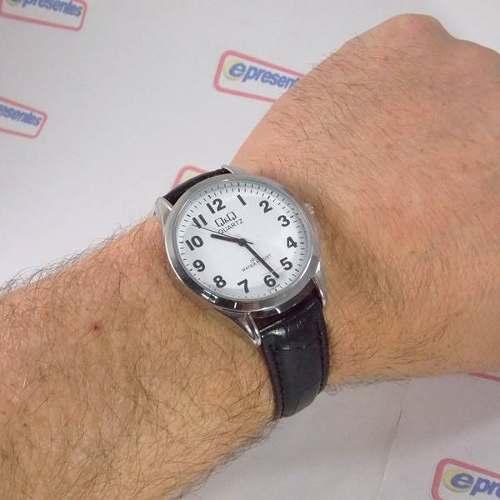 Relógio Masculino Couro Marrom C192j304y Q&Q (maq.citizen)  - E-Presentes