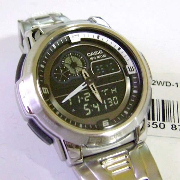 AQF-102WD  Relógio Casio OutGear Com Termômetro Wr100 Pulseira Aço  - E-Presentes