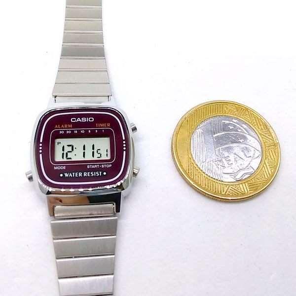 La670wa-4DF Relógio Casio Mini Prateado Vinho 100% Original  - E-Presentes