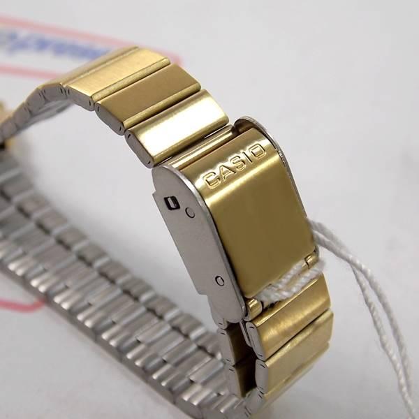 LA670WGA-6DF Relogio Feminino Casio Dourado Retro Vintage Fundo Lilás  - E-Presentes