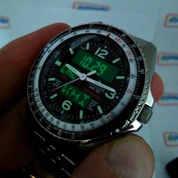 Relógio Citizen Wingman Promaster Cronógrafo wr100 JQ8001-57E - TZ10075T  - E-Presentes