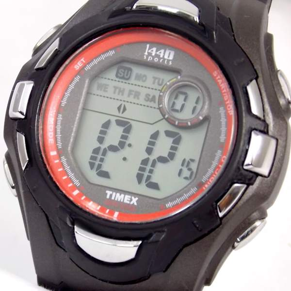 Relógio Digital Timex Sports1440 TI5K279N Crono Luz Wr50  - E-Presentes