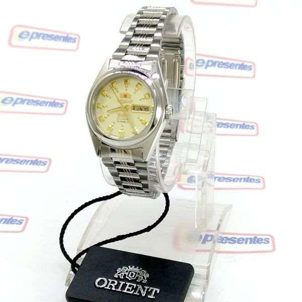 6109cf33c58 ... Relógio Feminino Orient Automatico FNQ1X003C9 Fundo cor Champagne - E- Presentes ...
