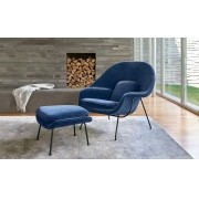 Poltrona Womb Chair com puff  base preta