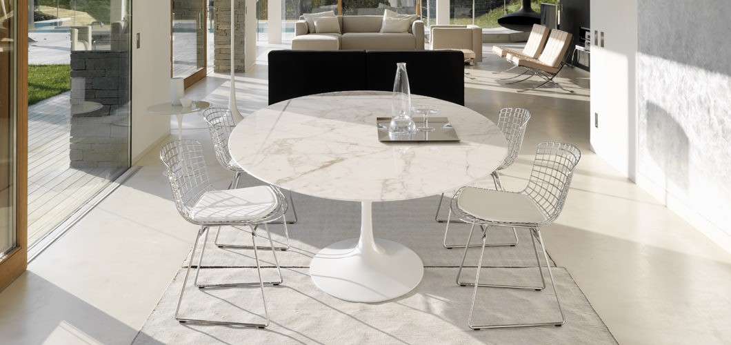 Mesa de jantar oval Saarinen 1,98 x1,22 BRANCO EXTRA PRONTA ENTREGA
