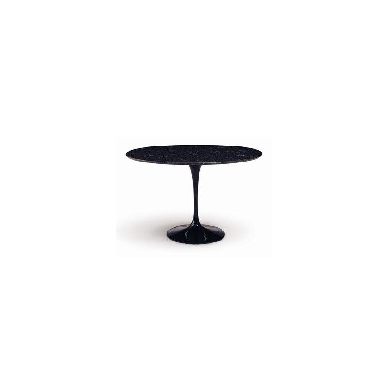 Mesa de jantar Saarinen D107
