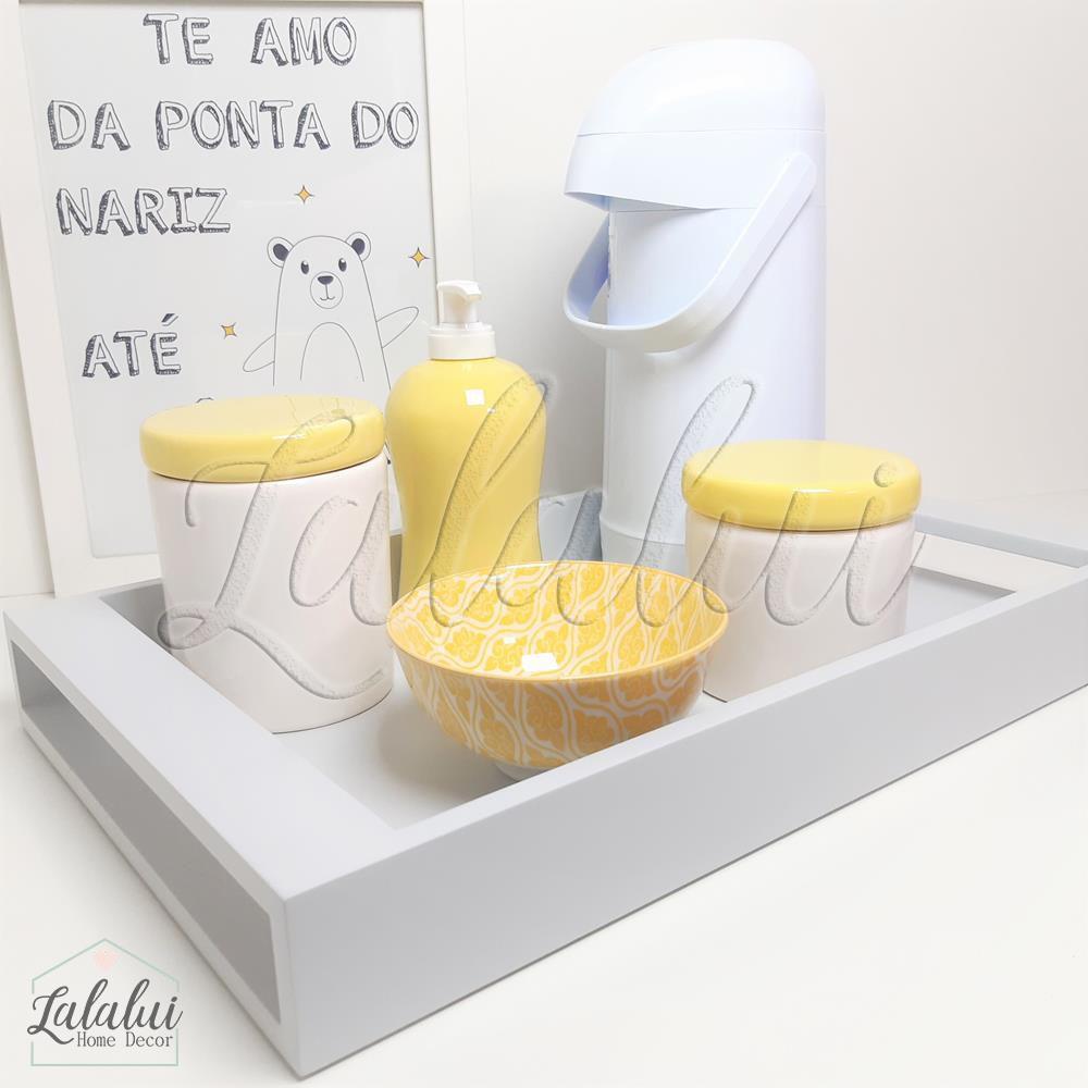 Kit Higiene Amarelo e Branco K15 (Quarto de Menino e Menina)