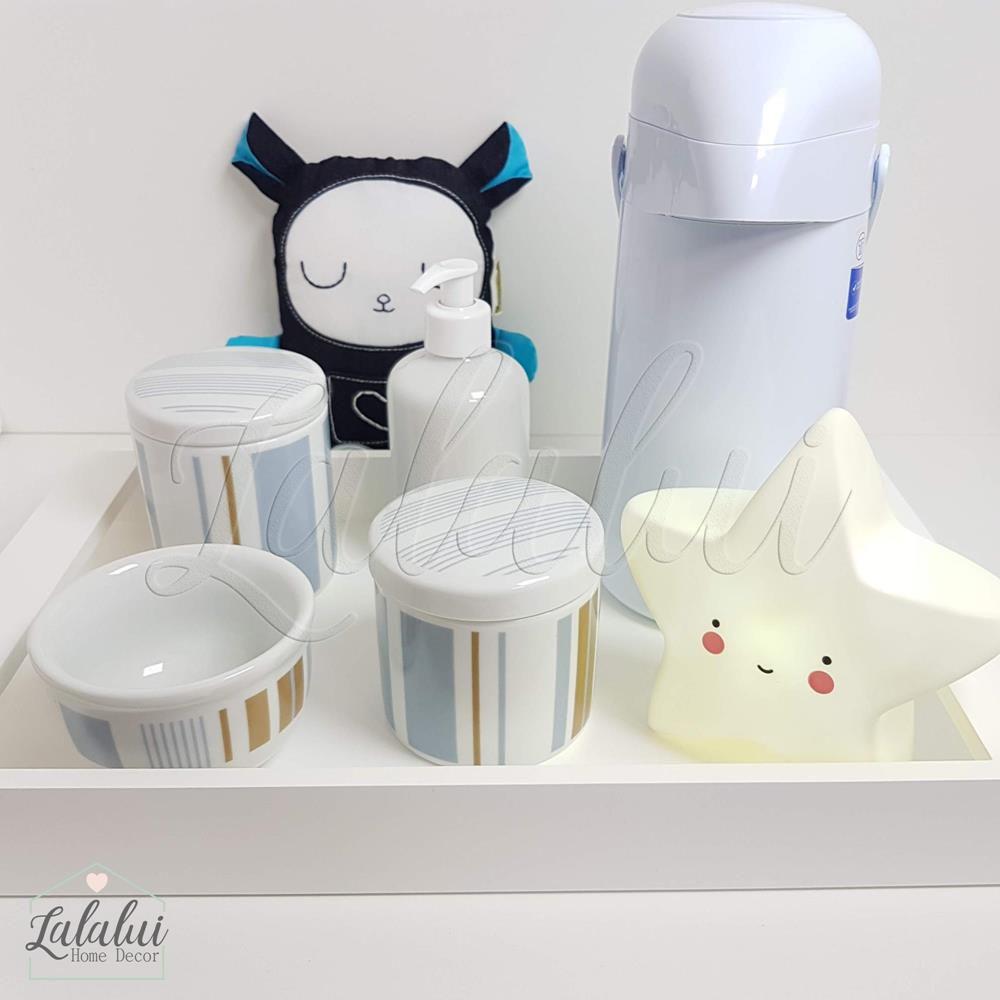 Kit Higiene Branco com Listras Azul e Marrom  K36 (Quarto de Menino)