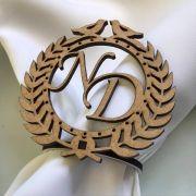 Ref. 001 - Porta Guardanapos Brasão Pombas MDF Cru Casamento