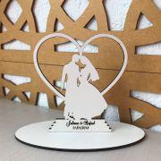 Ref. 001 - Topo de Bolo MDF Branco Coração Noivos Casamento 15cm
