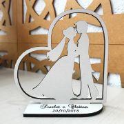Ref. 005 - Kit Centros de Mesa em MDF 20cm Noivos Coração Casamento