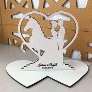 Ref. 012 - Topo de Bolo MDF Branco Coração Alianças Noivos Casamento 15cm Cavalo
