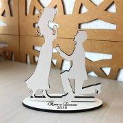 Ref. 013 - Kit Lembrancinhas de Noivado ou Casamento Personalizadas MDF Branco Noivos