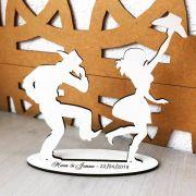 Ref. 031 - Topo de Bolo MDF Branco Noivos Dança 15cm Casamento