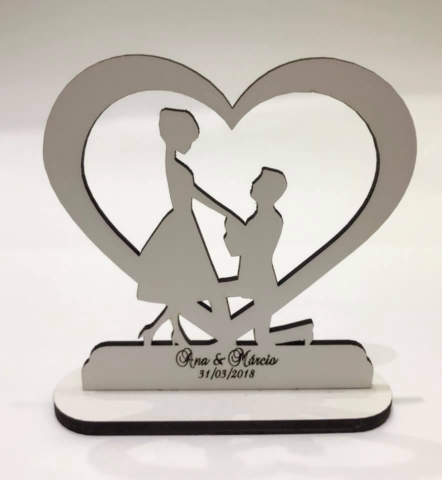 Ref. 003 - Kit Lembrancinhas de Casamento MDF Branco Coração Noivos 1