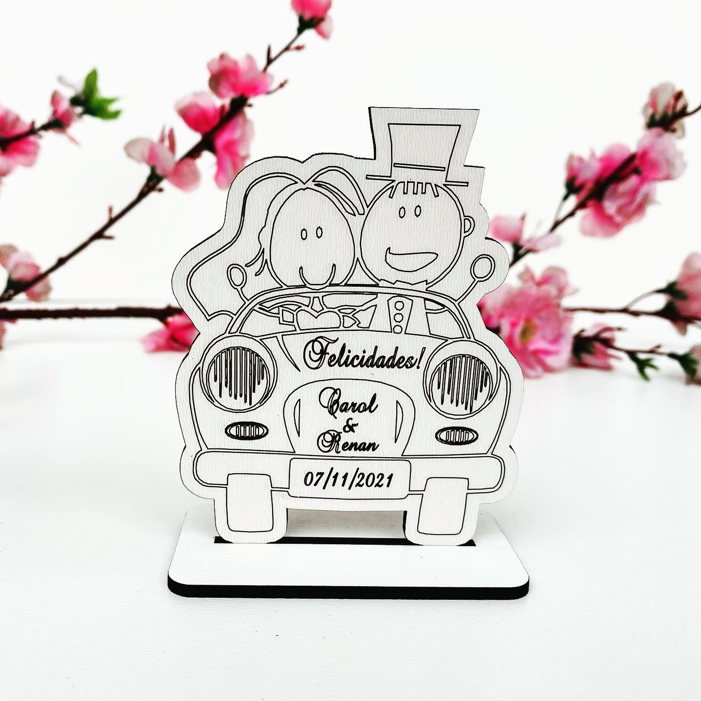 Kit Lembrancinhas de Casamento MDF Branco Noivos no Carro