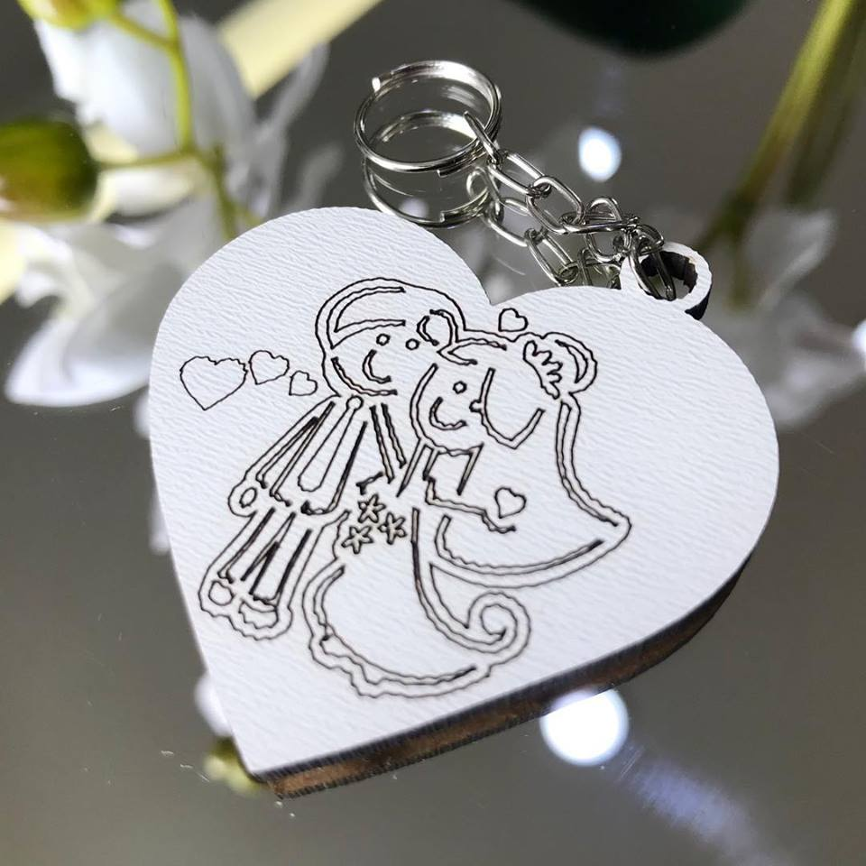 Ref. 002  - Chaveiros Casamento Coração MDF BRANCO