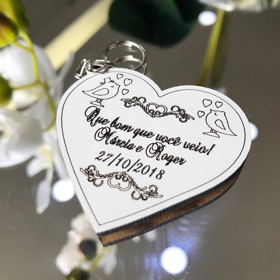Ref. 004 -  Chaveiros Coração Noivos Personalizado MDF BRANCO