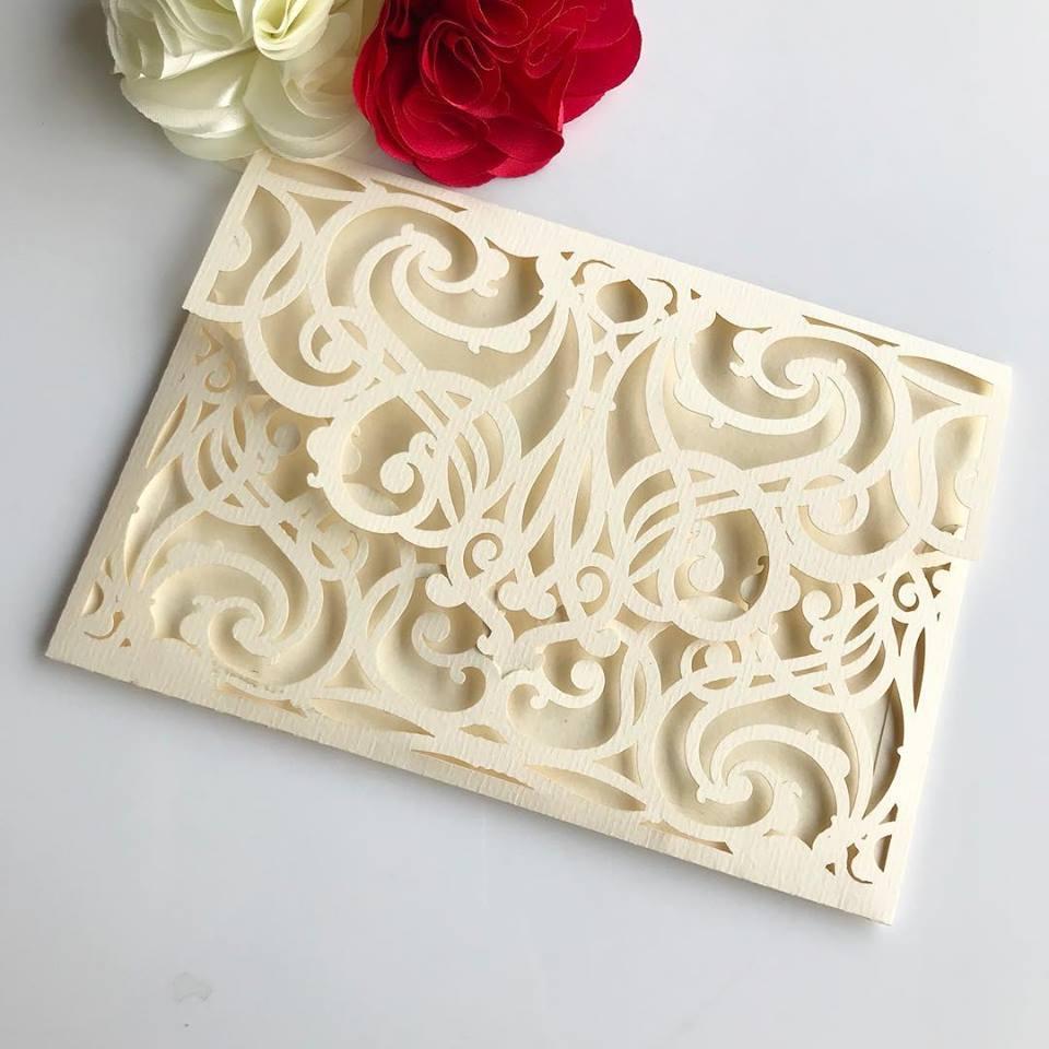 Ref. 005 - Envelope para Convite Casamento 13x18cm Corte a Laser Arabesco Papel Color Plus 180g