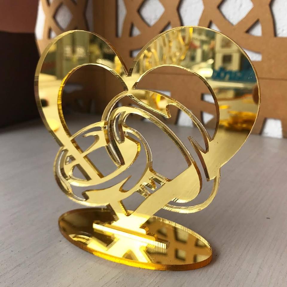 Ref. 006 - Topo de Bolo Alianças Coração Noivos Casamento 15cm Dourado Espelhado