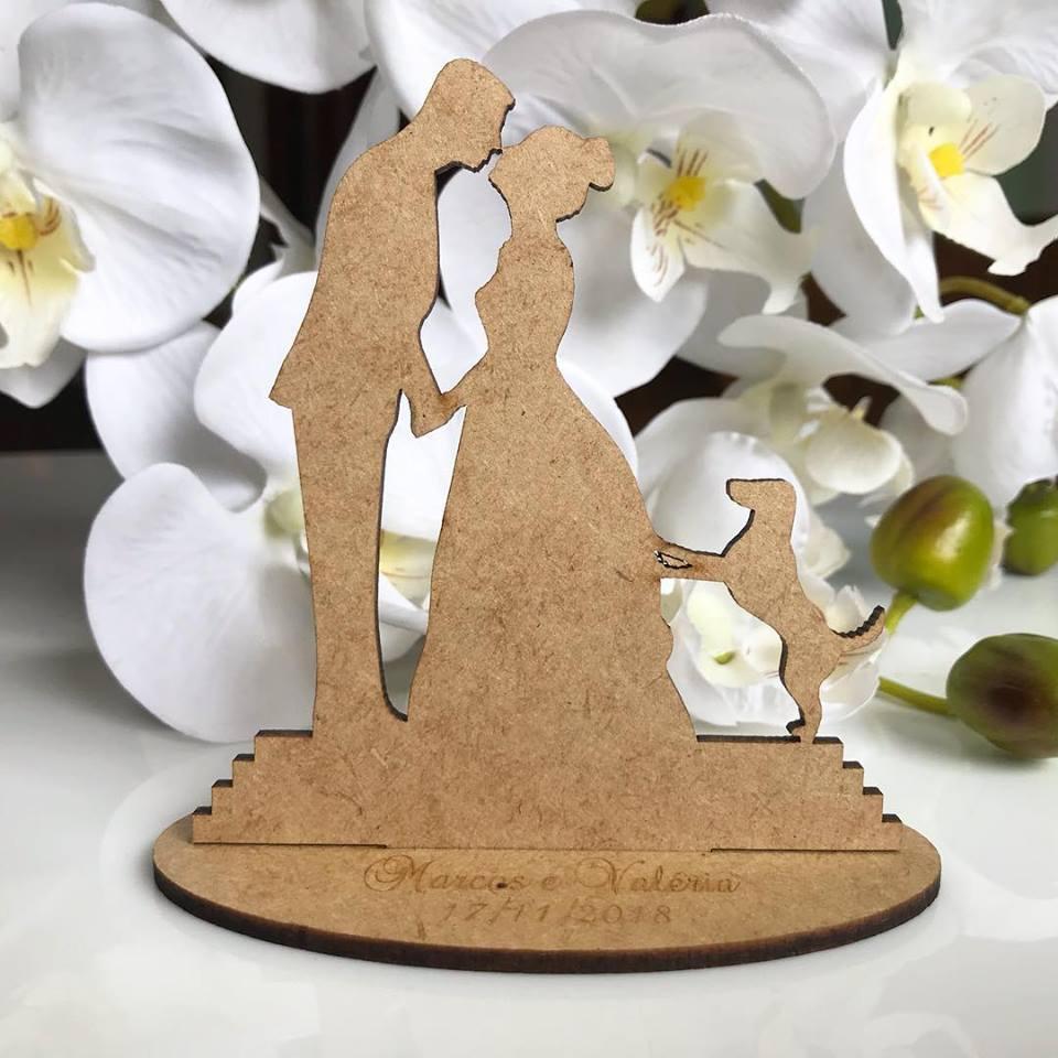 Ref. 007 - Kit Lembrancinhas de Casamento Personalizadas Noivos + Cachorrinho MDF Cru