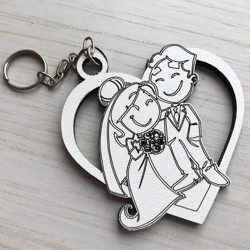 Ref. 009  -  Chaveiros Casamento Personalizado Coração Noivos MDF BRANCO