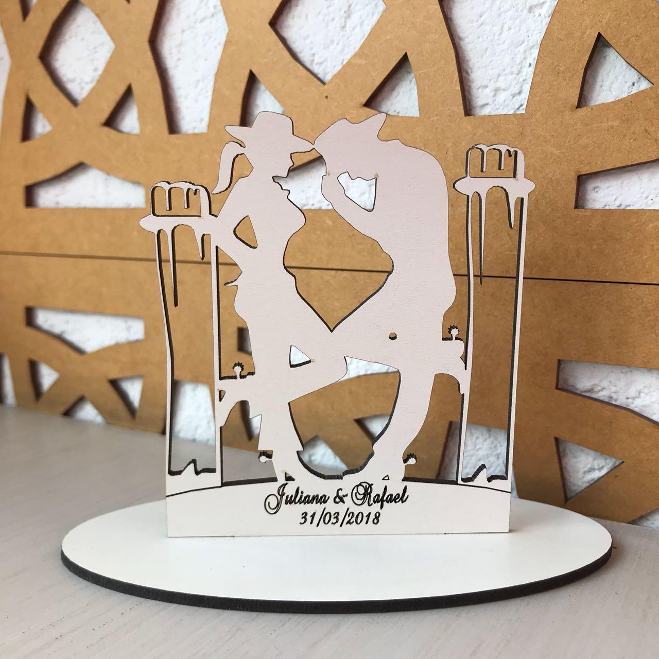 Ref. 010 - Topo de Bolo MDF Branco Coração Alianças Noivos Casamento 15cm Country Cowboy