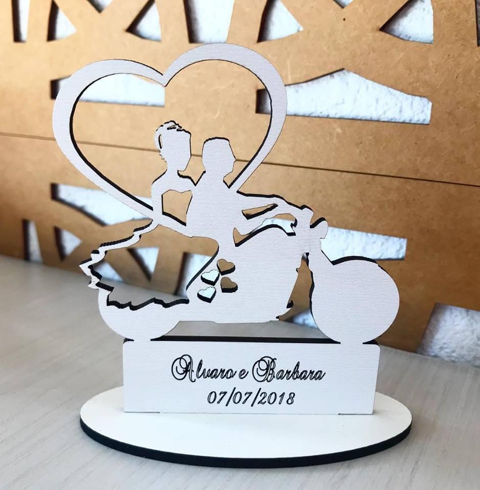 Ref. 011 - Topo de Bolo MDF Branco Coração Alianças Noivos Casamento 15cm Moto Motoqueiro