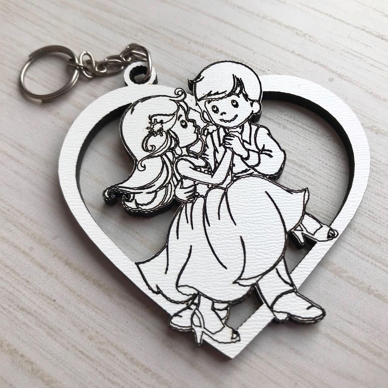 Ref. 012  -  Chaveiros Casamento Personalizado Coração Noivos MDF BRANCO