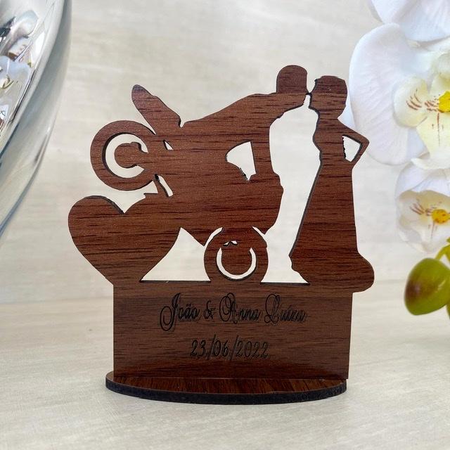 Ref. 014 - Kit Lembrancinhas de Casamento Personalizadas MDF Laminado Noivos Moto